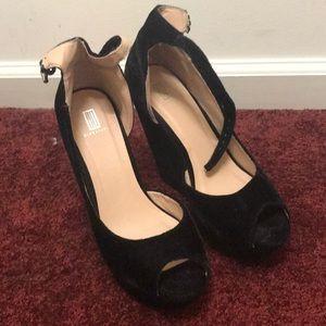 cfd018034eac Crushed velvet heels